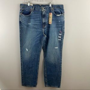 Levi's • 541 Athletic Taper Jeans